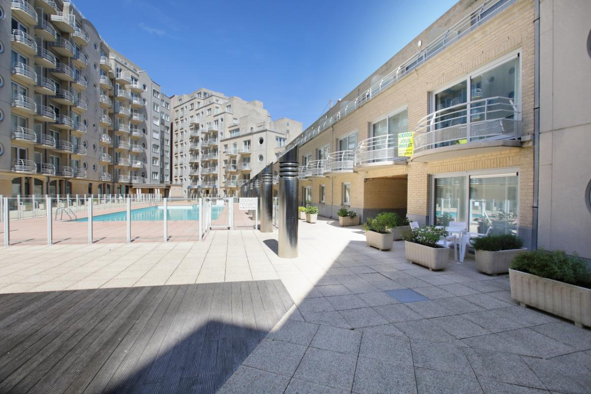 Jolie invest oostende appartement spacieux for Piscine oostende